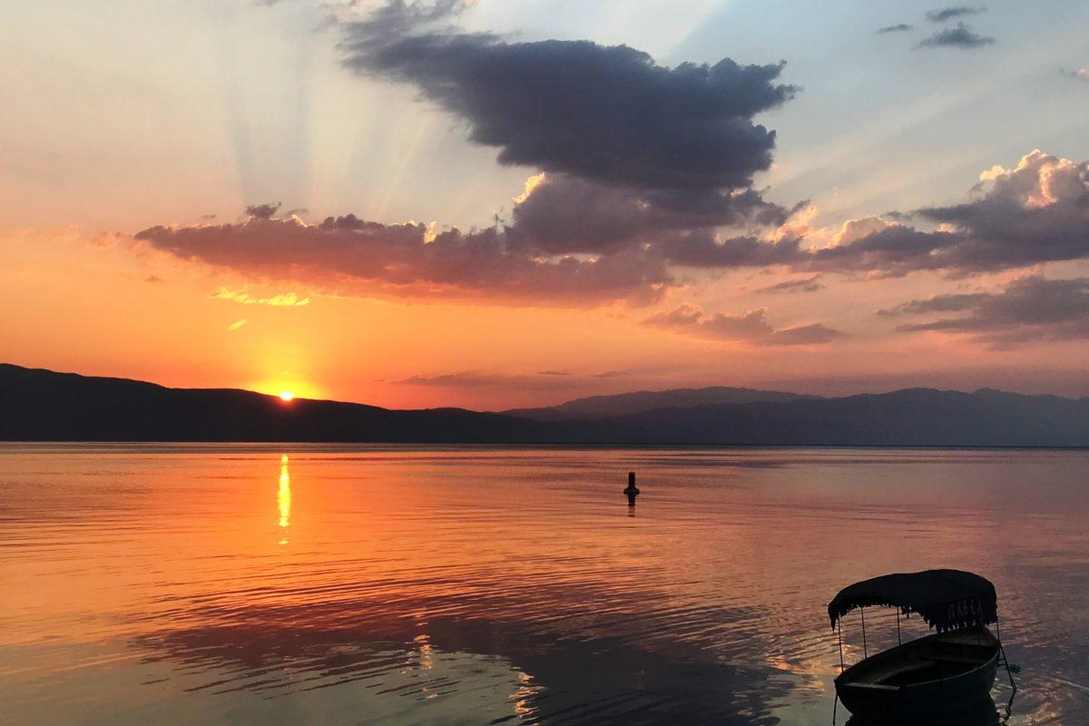 Airzone Gleitschirmreise Mazedonien Ohridsee Sonnenuntergang