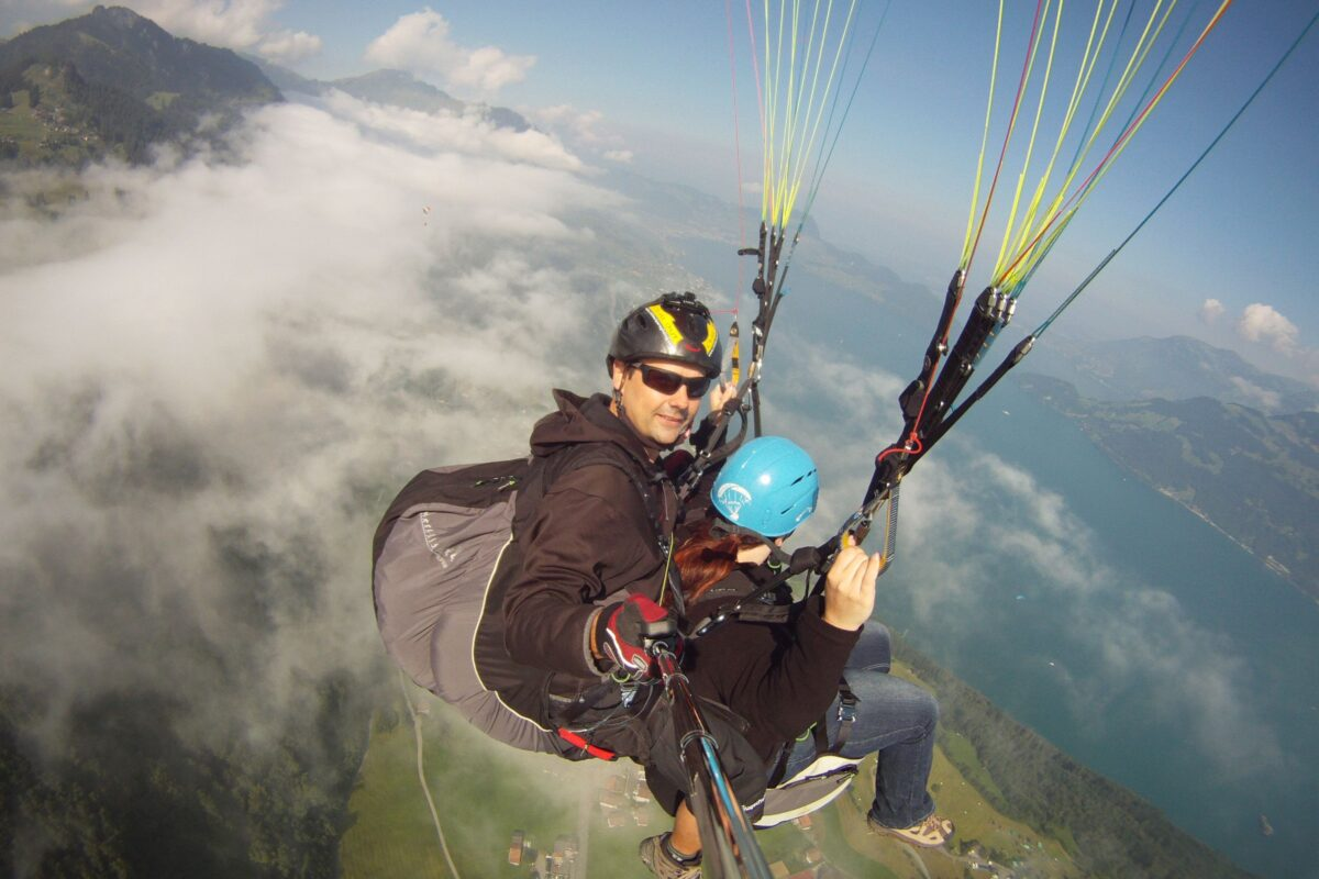 Airzone Tandemflug Selfie vor Nebelmeer