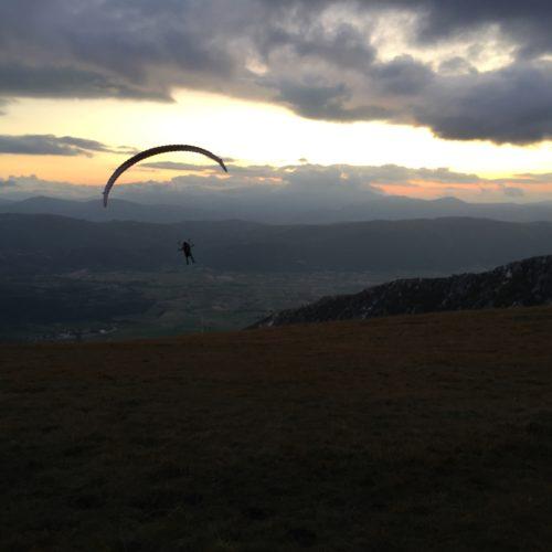 Gleitschirmreise Castelluccio Start in Sonnenuntergang