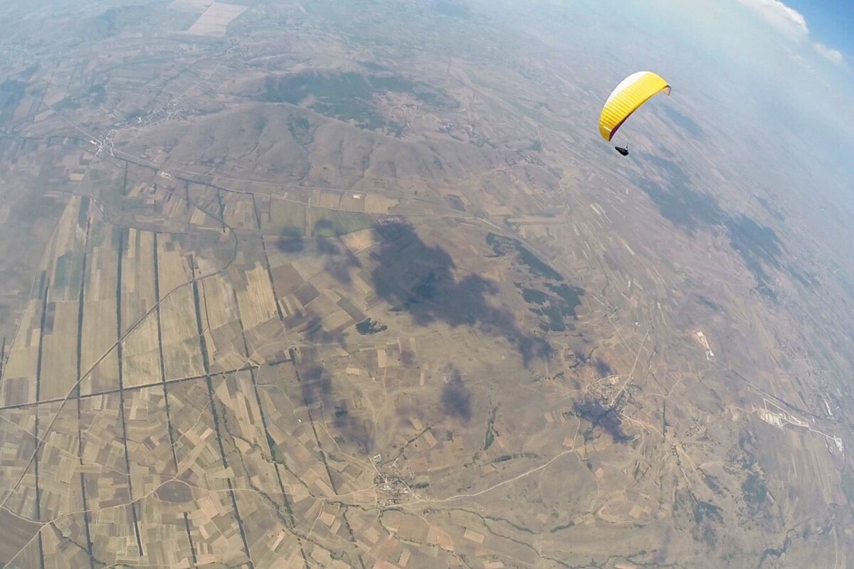Airzone Gleitschirmreise Mazedonien Epsilon 4000m Basishöhe über Flachland