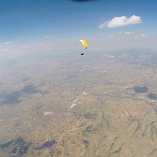 Airzone Gleitschirmreise Mazedonien 4000m Basisöhe über Flachland