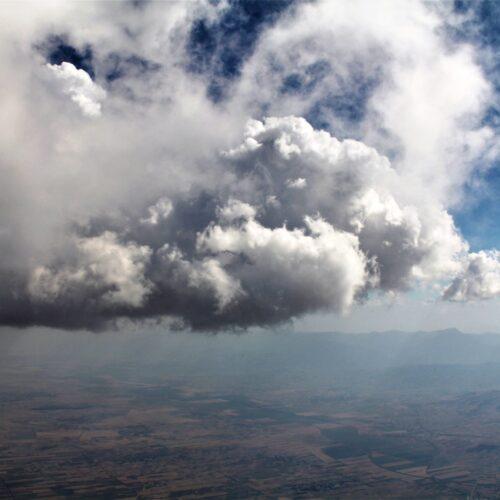 Airzone Gleitschirmreise Mazedonien Wolken