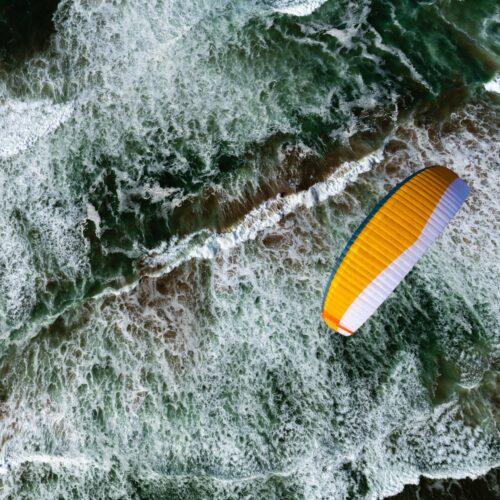Nova Aonic orange über Meer