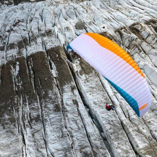 Advance PIBI von oben über Gletscher