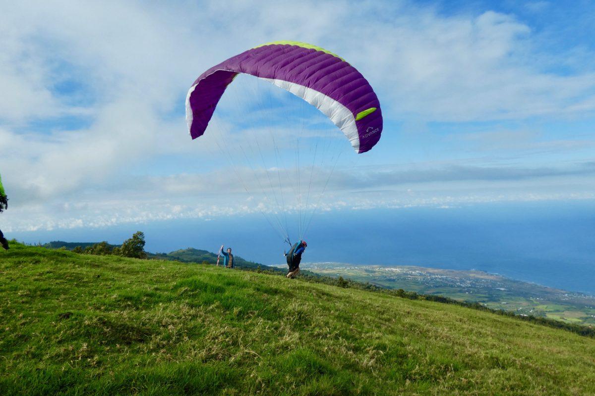 Gleitschirmreise La Reunion Start auf Aplwiese Epsilon 8