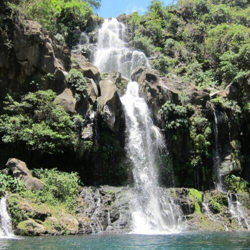 Gleitschirmreise La Reunion Wasserfall