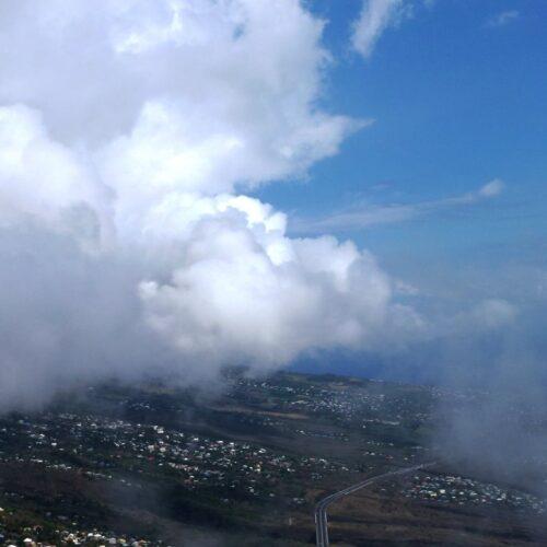 Gleitschirmreise La Reunion Wolkenstrasse entlang Küste