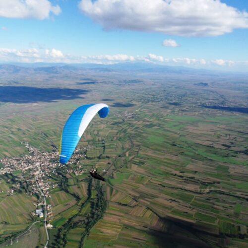Airzone Gleitschirmreise Mazedonien Sigma über Flachland